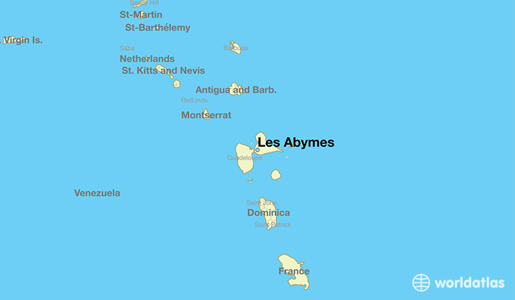 map showing the location of Les Abymes