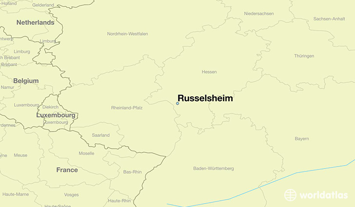 map showing the location of Russelsheim