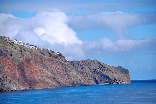 funchal cliff houses