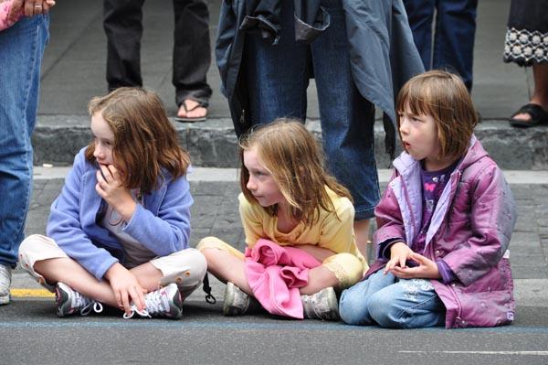 parade watchers