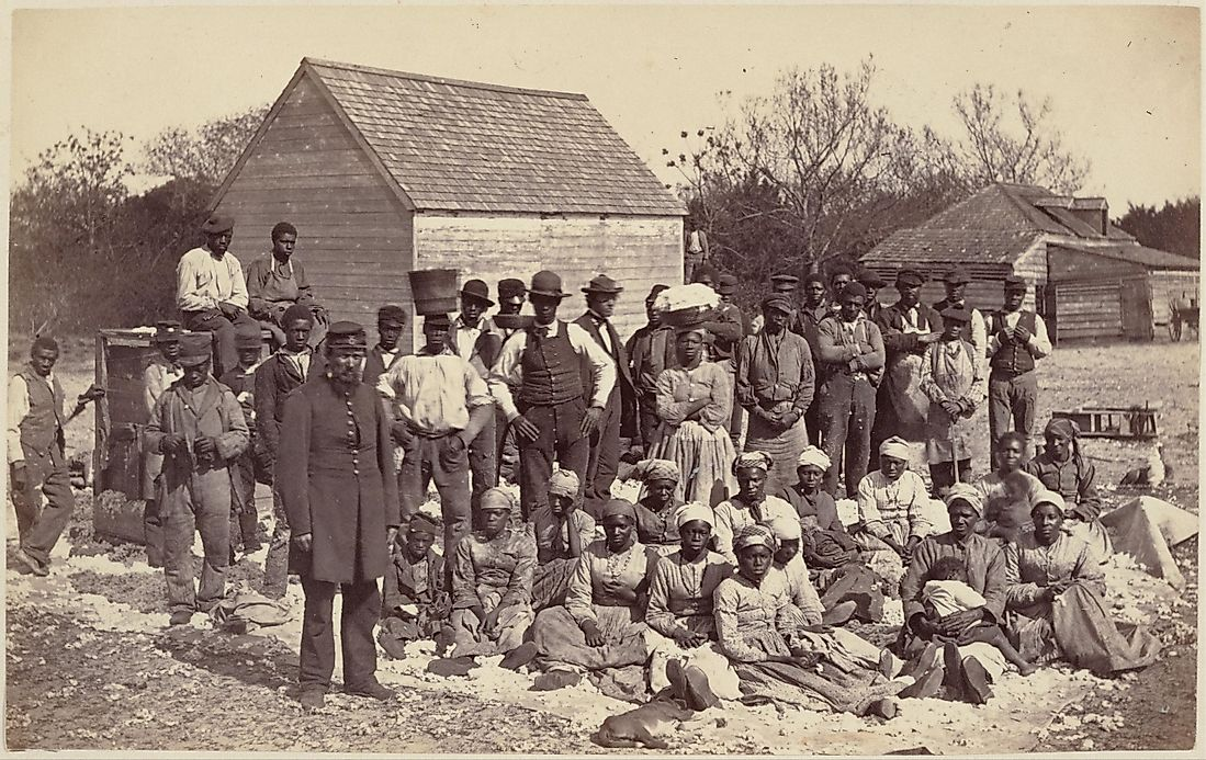 slavery in the united states Historical interpreters shoulder their tools and head for a day of labor in the fields as slaves would have done the overall population the majority, but not all, of these african americans were slaves in fact, the first official united states census taken in 1790 showed that eight.