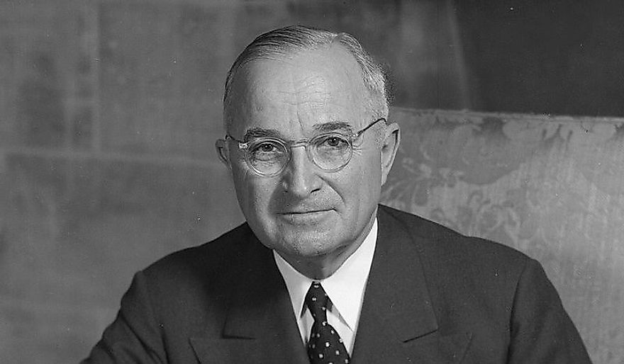 the death of roosevelt and the leadership of harry s truman in america The death of franklin d roosevelt on april 12,  the personal and private writings of harry s truman (new york: warner, 1989)  america's secret power: .