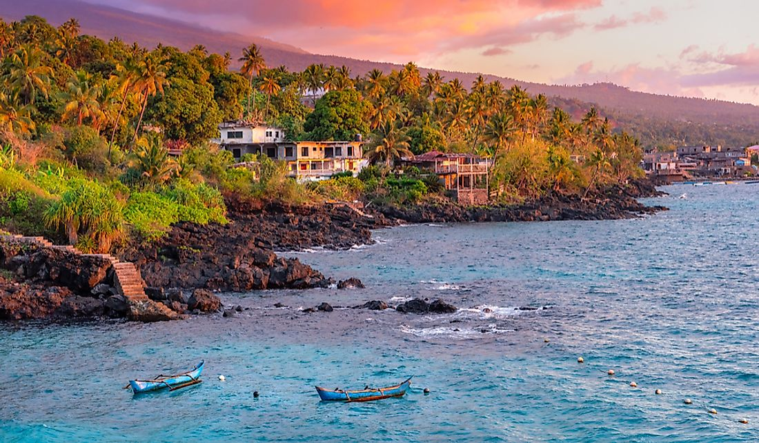 What Are The Biggest Industries In Comoros?