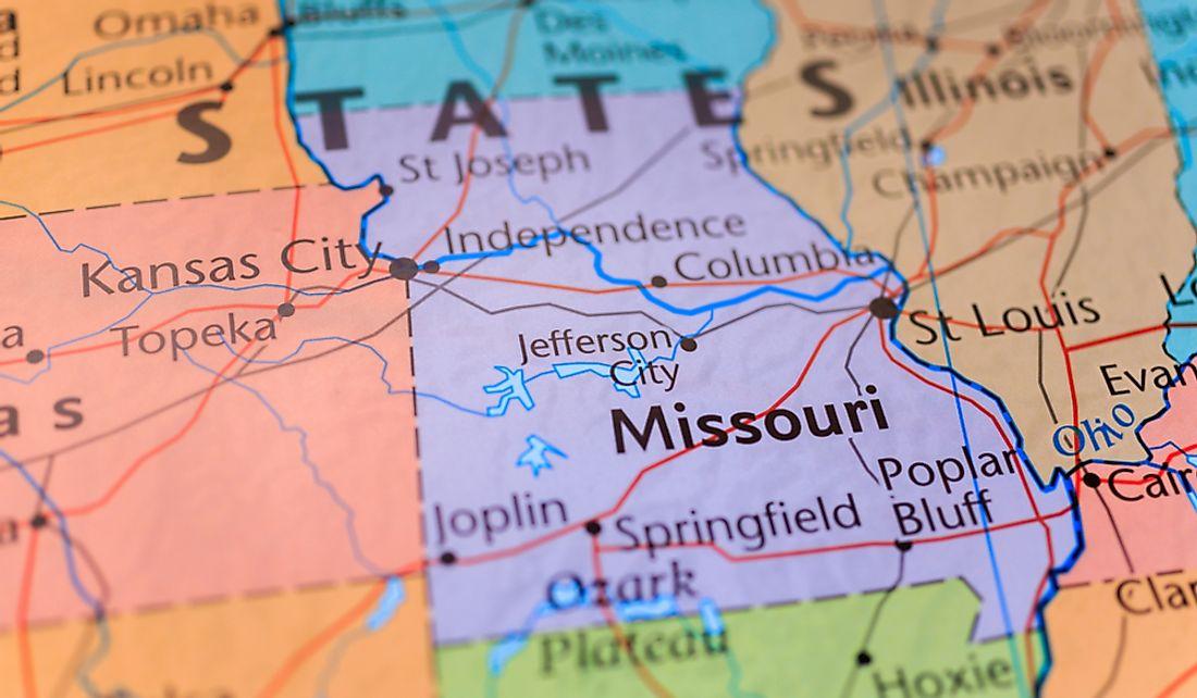 Which States Border Missouri? - WorldAtlas.com on highway 70 missouri map, highway 67 missouri map, highway 44 missouri map, highway 79 missouri map, highway 60 missouri map, highway 19 missouri map, ohio indiana kentucky interstate map,
