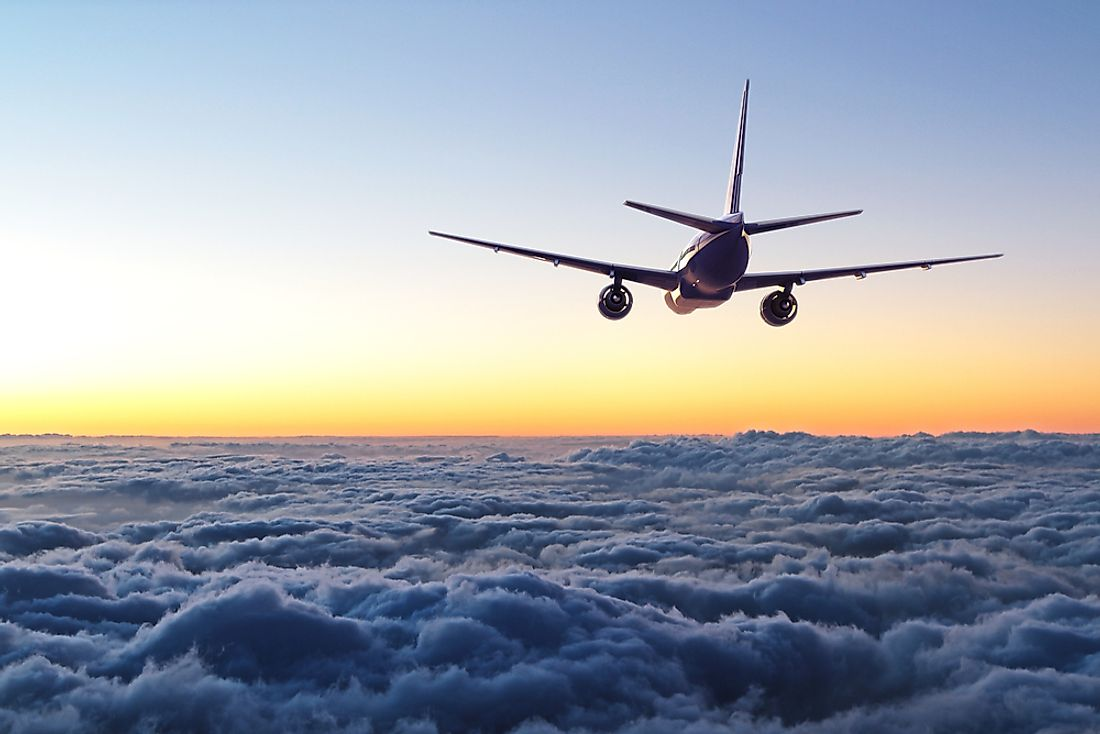 Which Layer Of The Atmosphere Do Airplanes Fly In?