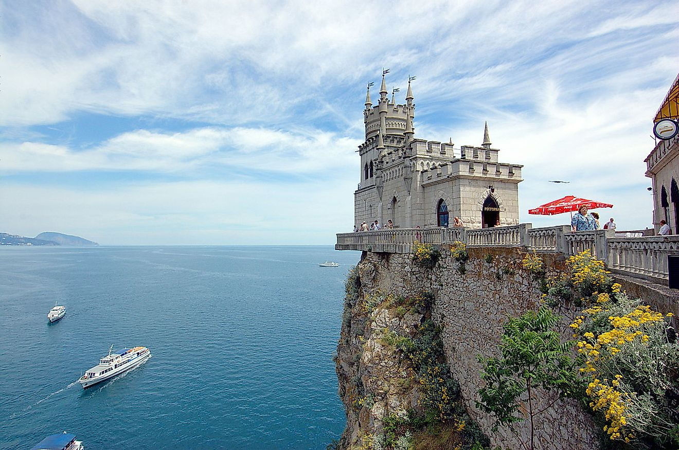 10 Magnificent Monuments Built In The Name Of Love