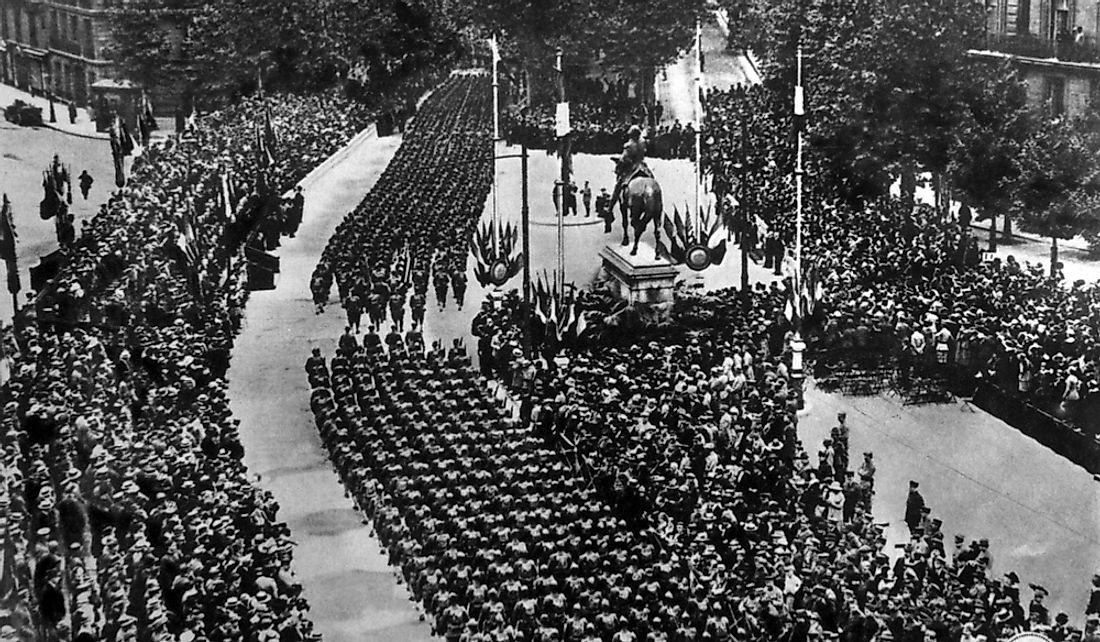 American troops marching along the re-named Avenue de President Wilson in Paris, July 4, 1918.
