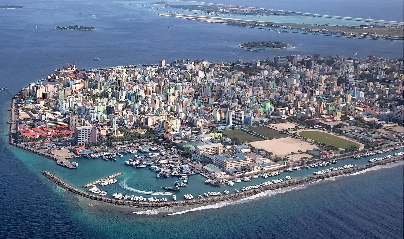 Malé, the capital city of the Maldives, has an area of 2.2 square miles.