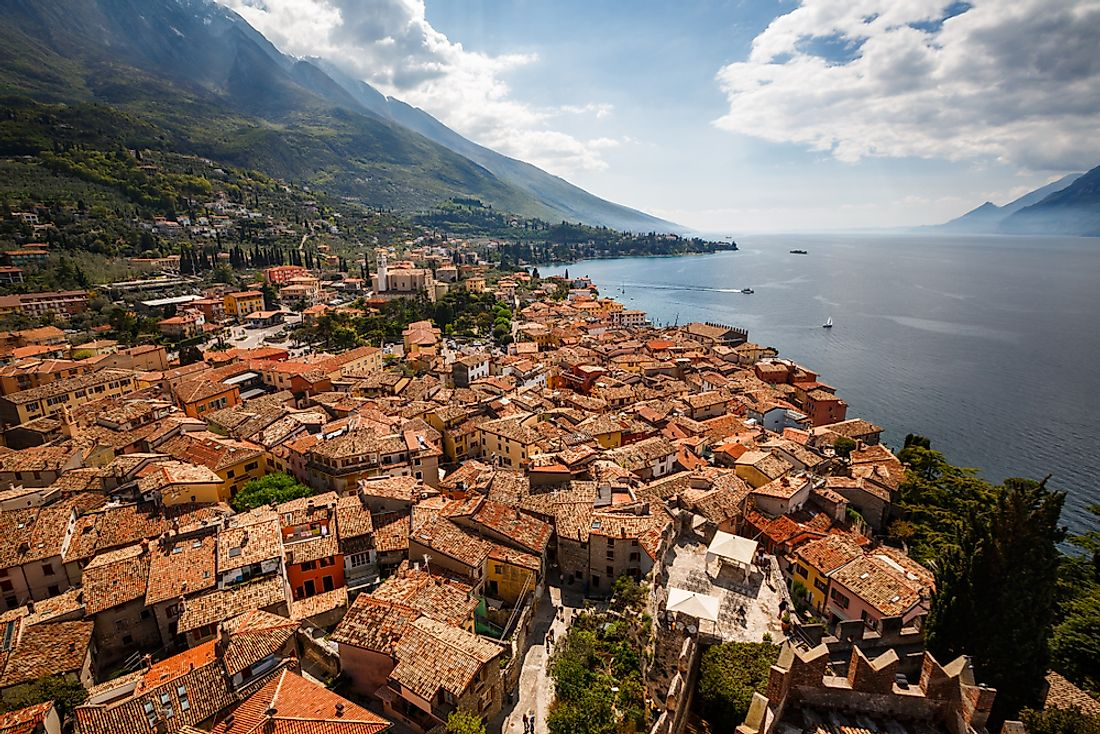 Houses on the coast of Lake Garda, the largest lake in Italy.