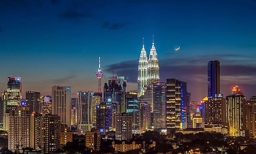 Kuala Lumpur is the biggest city in Malaysia with a population of 7,200,000 people.
