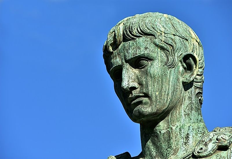 Bronzen statue of Gaius Julius Caesar Octavianus​, better known as Imperator Caesar Augustus.