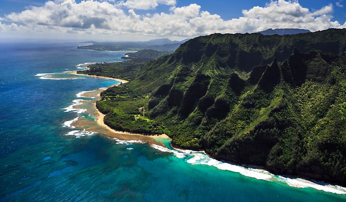 Hawaiis is an island group in the Pacific Ocean.