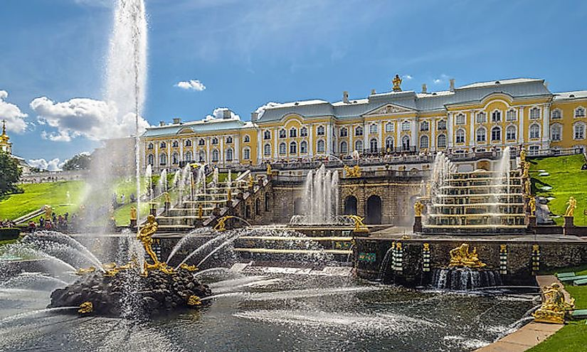 The facade of the Peterhof Palace.