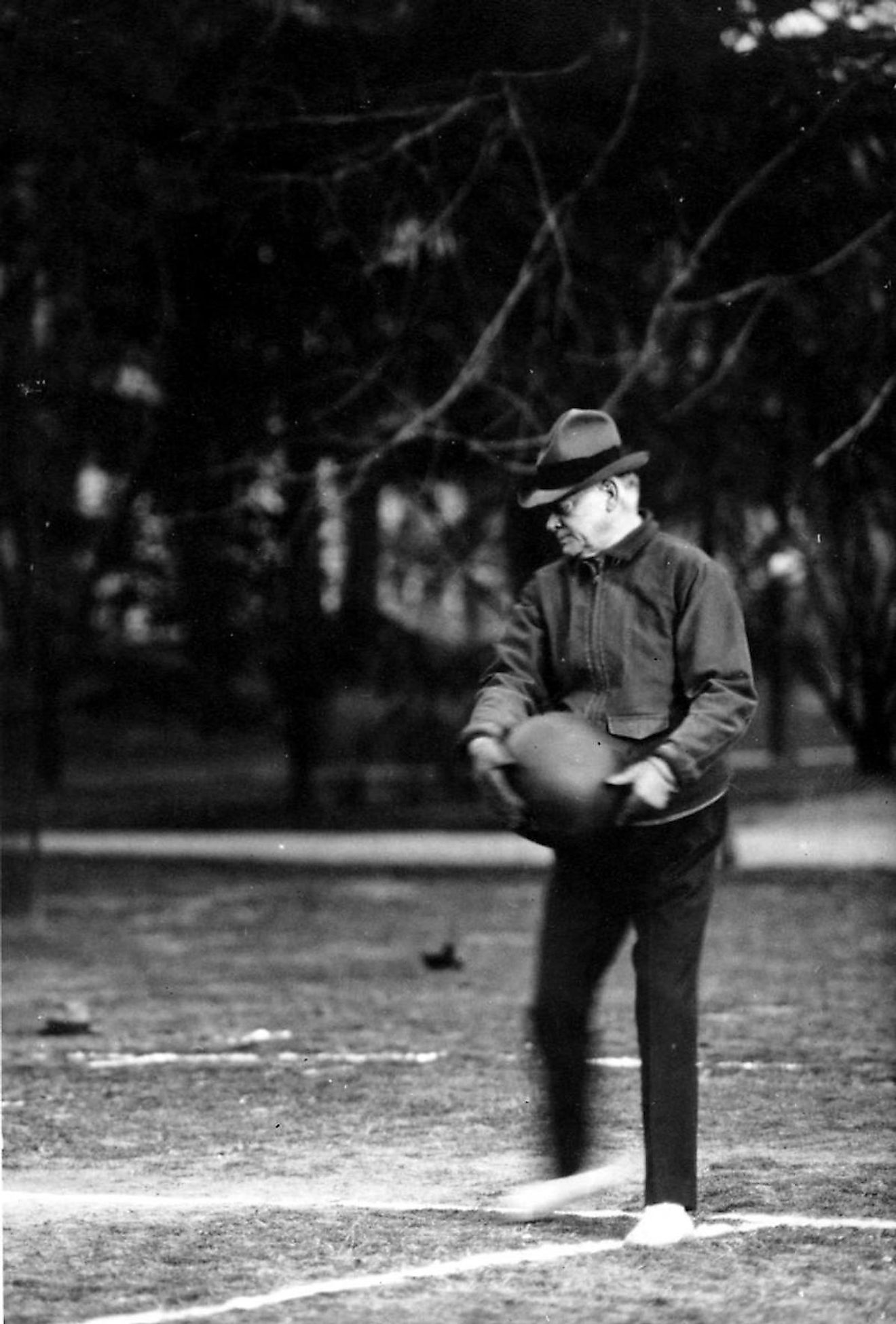 President Hoover playing Hoover-Ball on the White House lawn. Image credit: hoover.archives.gov