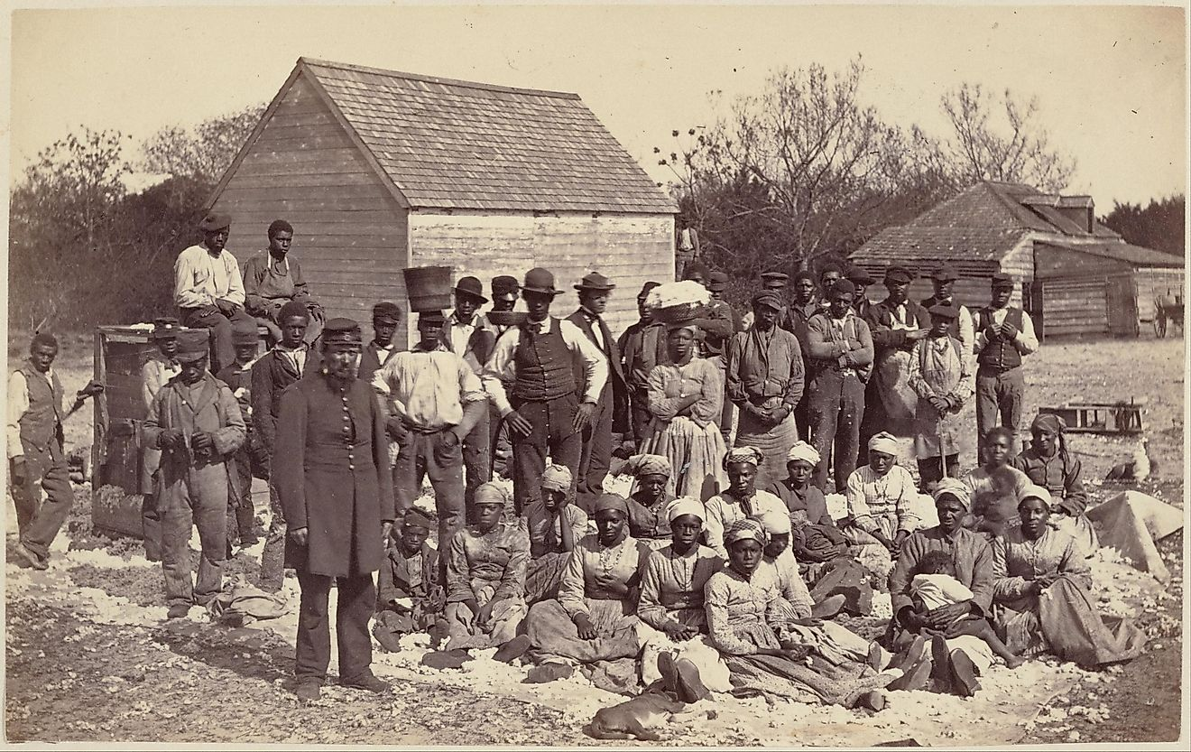 Slaves with an American General in the United States in the 19th century.