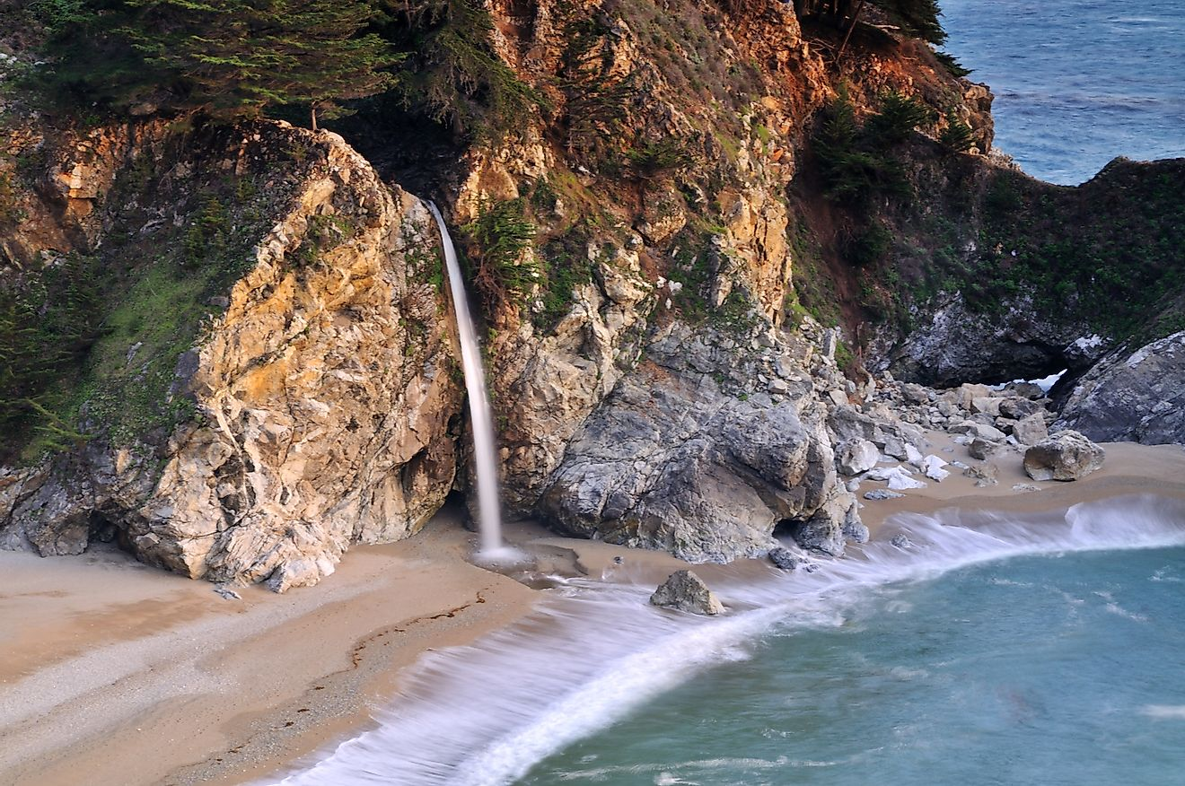 McWay Falls in Big Sur Julia Pfeiffer Burns State Park. Image credit: Mark R/Shutterstock.com