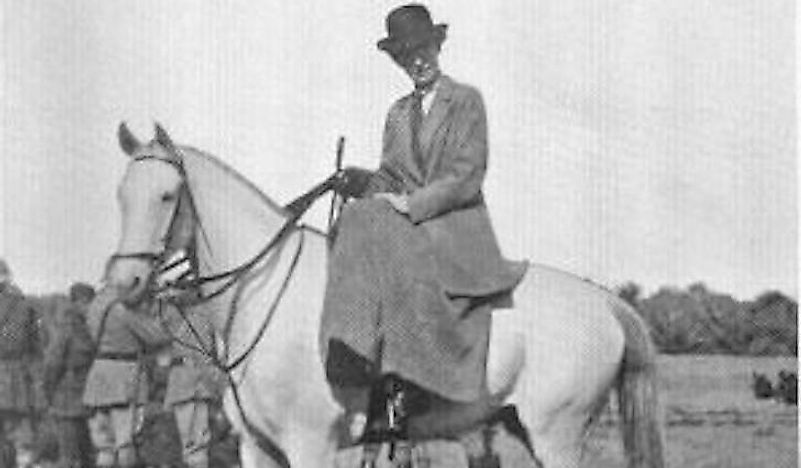 Gertrude Bell on a horse in Baghdad.
