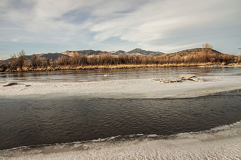 The Jefferson River flowing through the U.S. state of Montana in the wintertime.