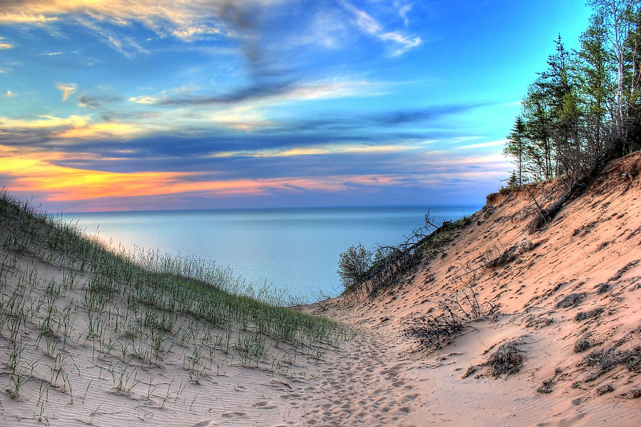 The spectacular view of Lake Superior and its sand dunes.