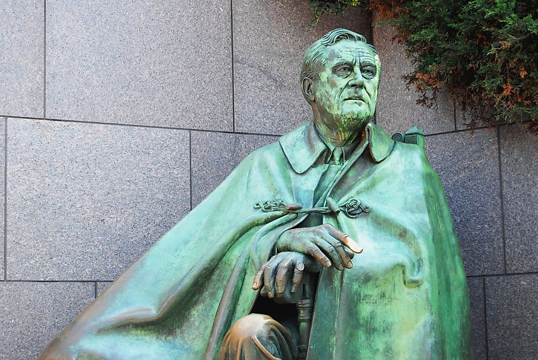 A sculpture of Franklin Roosevelt, former president of the United States.