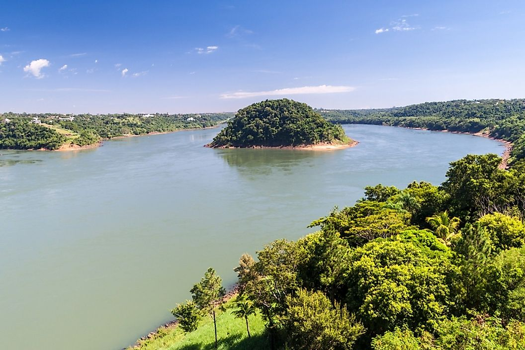 The Paraná River forms part of the border between Paraguay and Brazil.