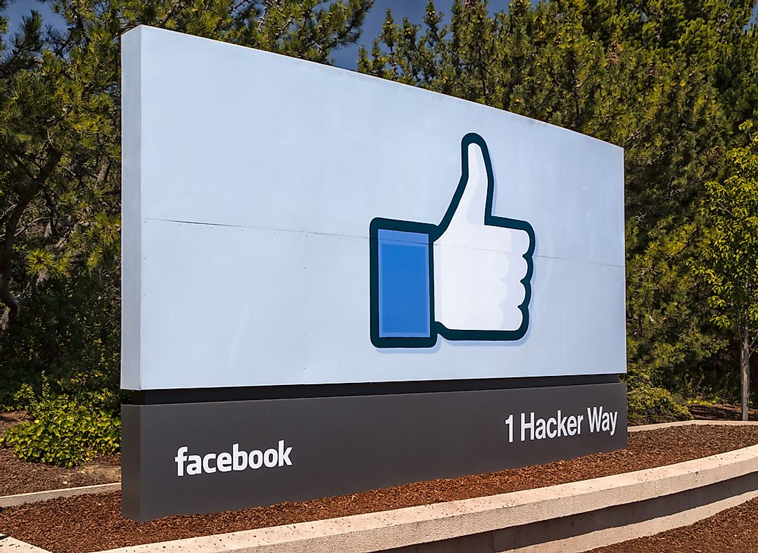 Sign for the Facebook campus in Menlo Park. Editorial credit: Ken Wolter / Shutterstock.com