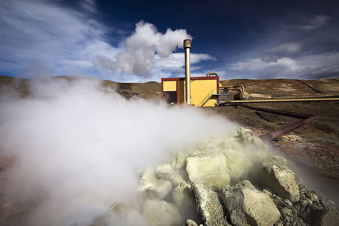 A geothermal power plant in Iceland. Iceland is the country least dependent on fossil fuels in the world.