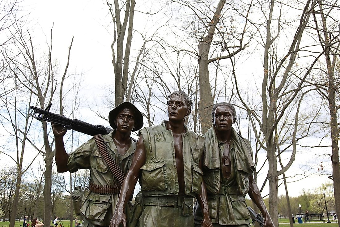 A statue of soldiers from the War in Vietnam.