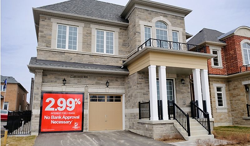 A home for sale in the suburbs of Toronto, Canada. Editorial credit: Brian Senic / Shutterstock.com.
