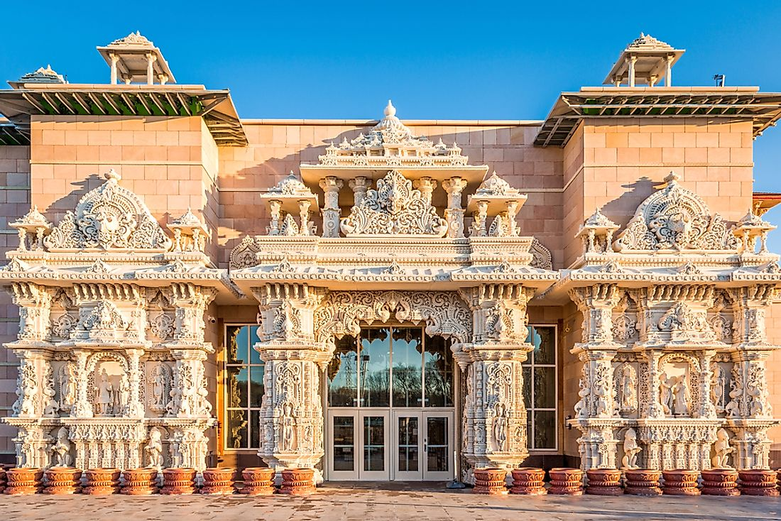The Shri Swaminarayan Mandir temple in Robbinsville, New Jersey is the largest Hindu temple in the US.