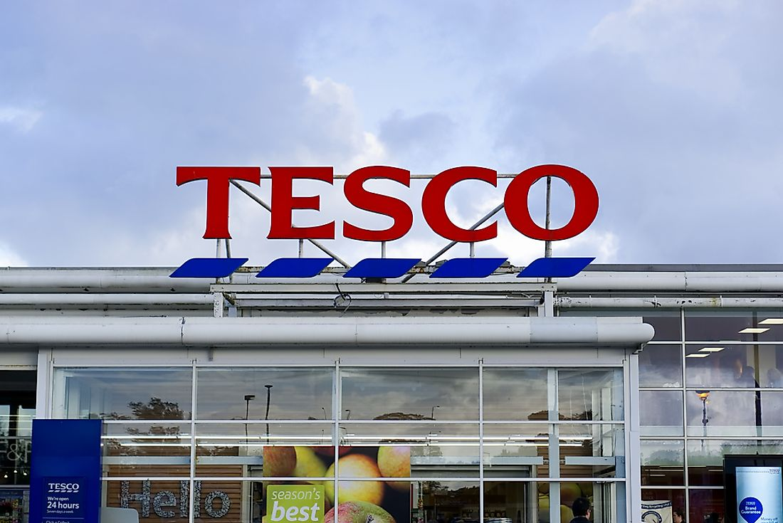 A Tesco location in Bathgate, Scotland. Editorial credit: Tana888 / Shutterstock.com.