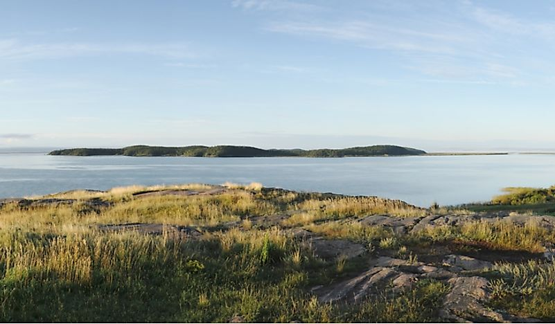 Lake Athabasca, shared by both Alberta and Saskatchewan, is the largest lake in both provinces.