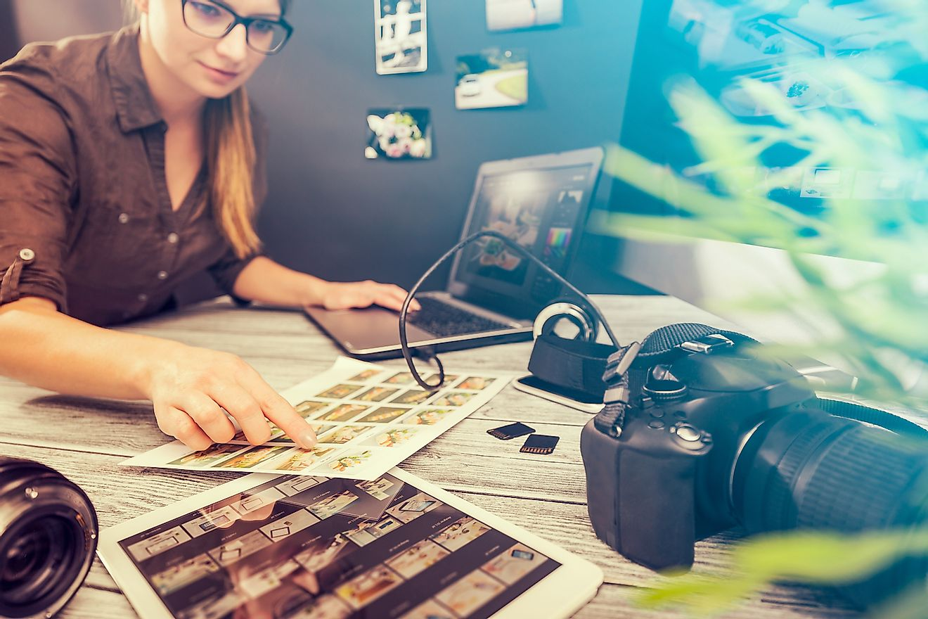 Online journalism courses are a great way to boost your chances of a future career in journalism. Image credit: REDPIXEL.PL/Shutterstock.com