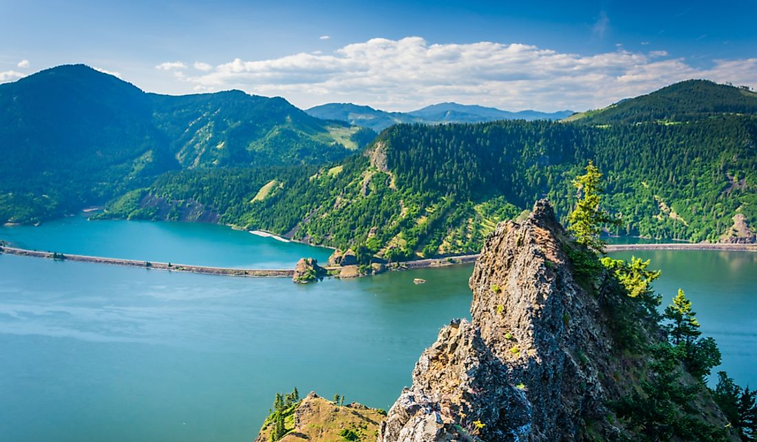 View of the Columbia River from the Columbia River Gorge in Oregon.