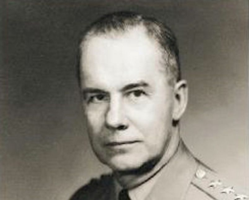 Major General Clovis Byers, commander of the United States' Army's X Corps.