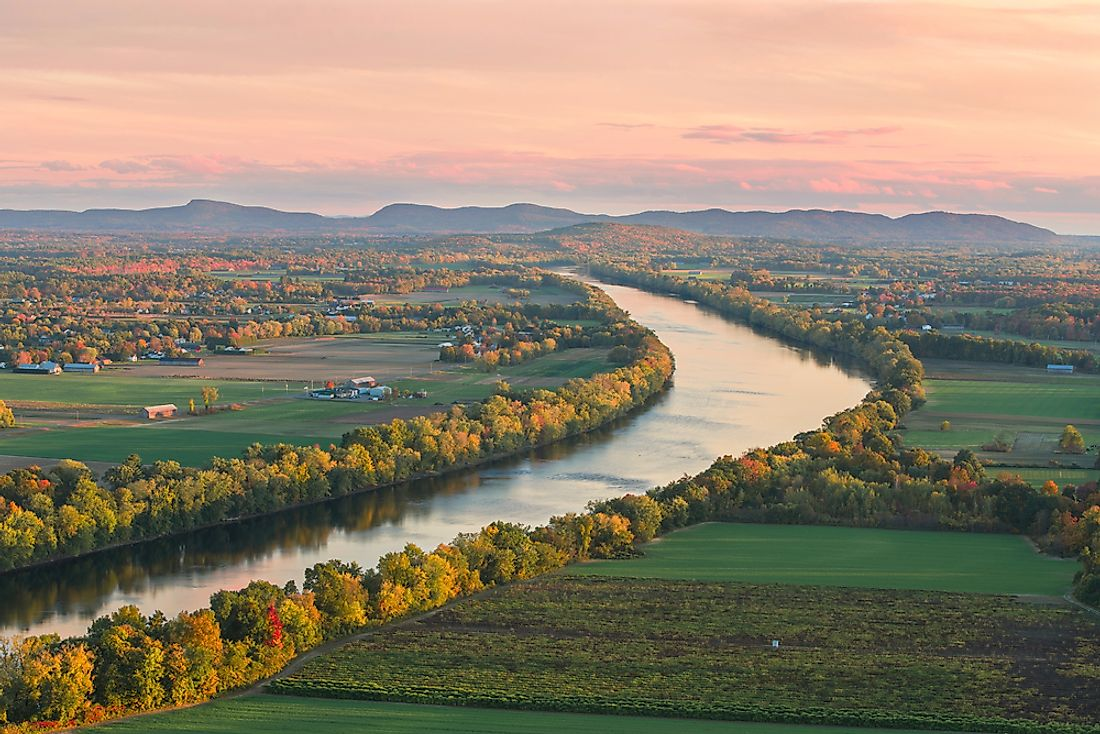 Connecticut River flows through four states including Massachusetts.