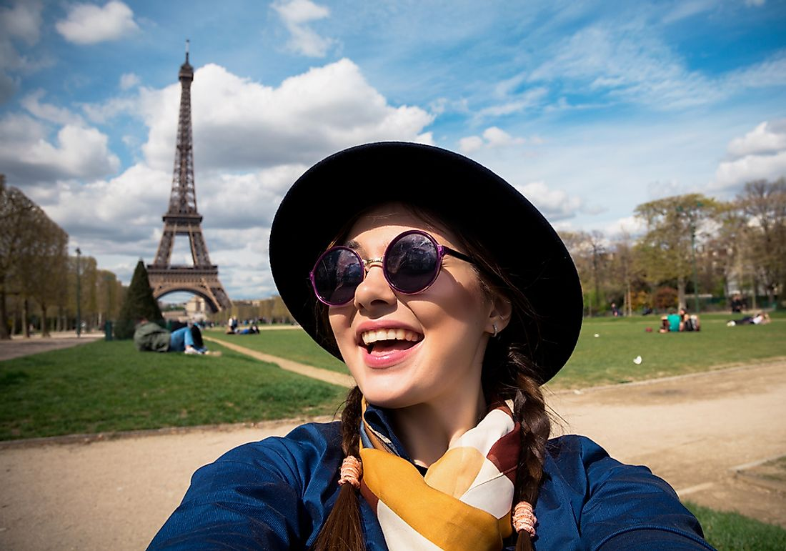 A student sightseeing in Paris.