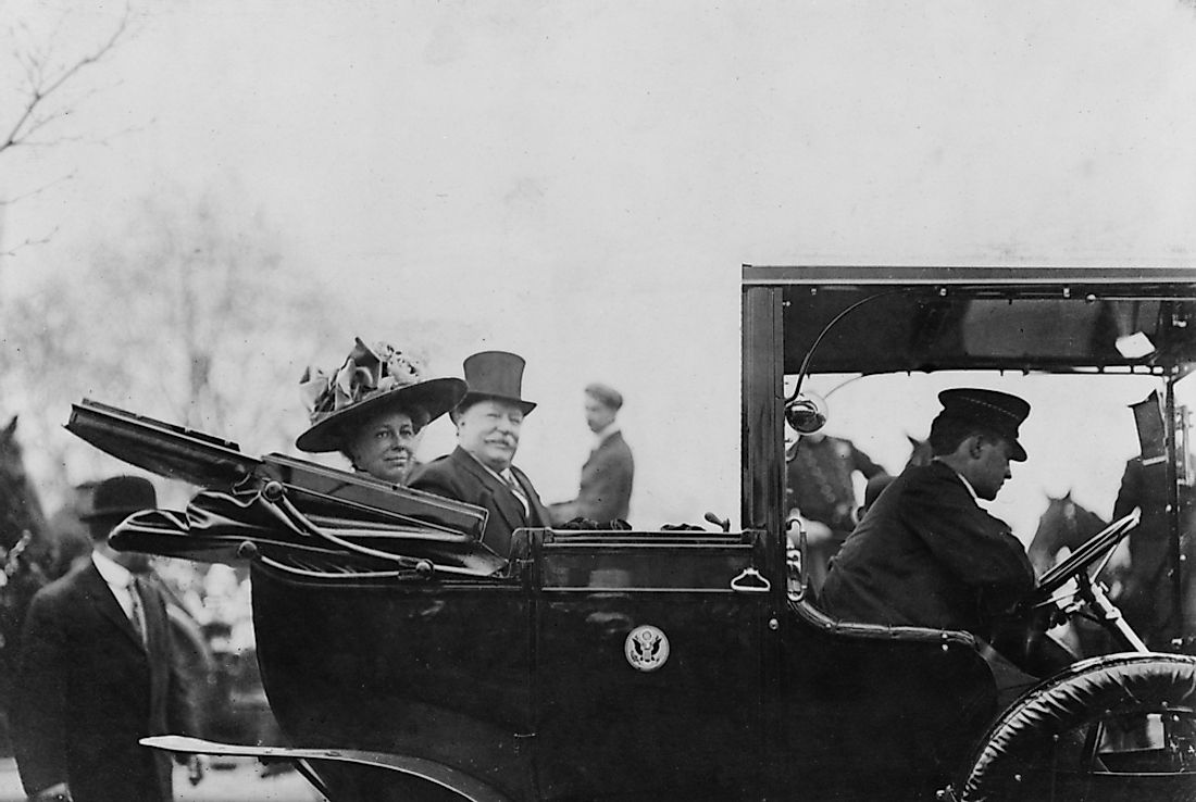 First Lady Helen Taft riding alongside President William Taft, in the early 1900s.