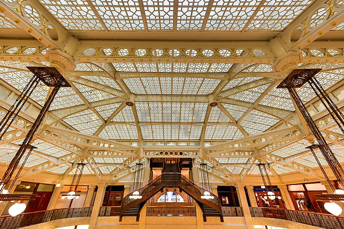 Editorial credit: Felix Lipov / Shutterstock.com. The interior of the Rookery Building Chicago.