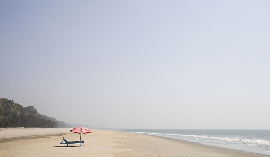 The side-by-side beaches of Cox Bazar combine to form a stretch of sandy beaches of around 75 miles long.
