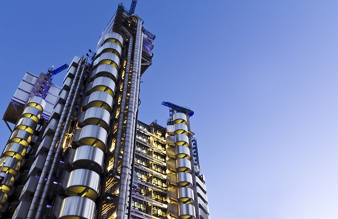 ​Lloyd's Building ​in London, England is a perfect example of high tech architecture.