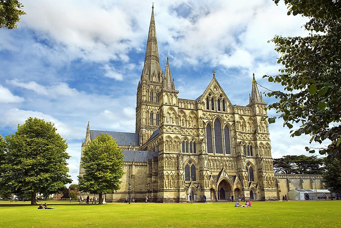 Salisbury Cathedral boasts the largest cathedral close in Britain. Editorial credit: irisphoto1 / Shutterstock.com