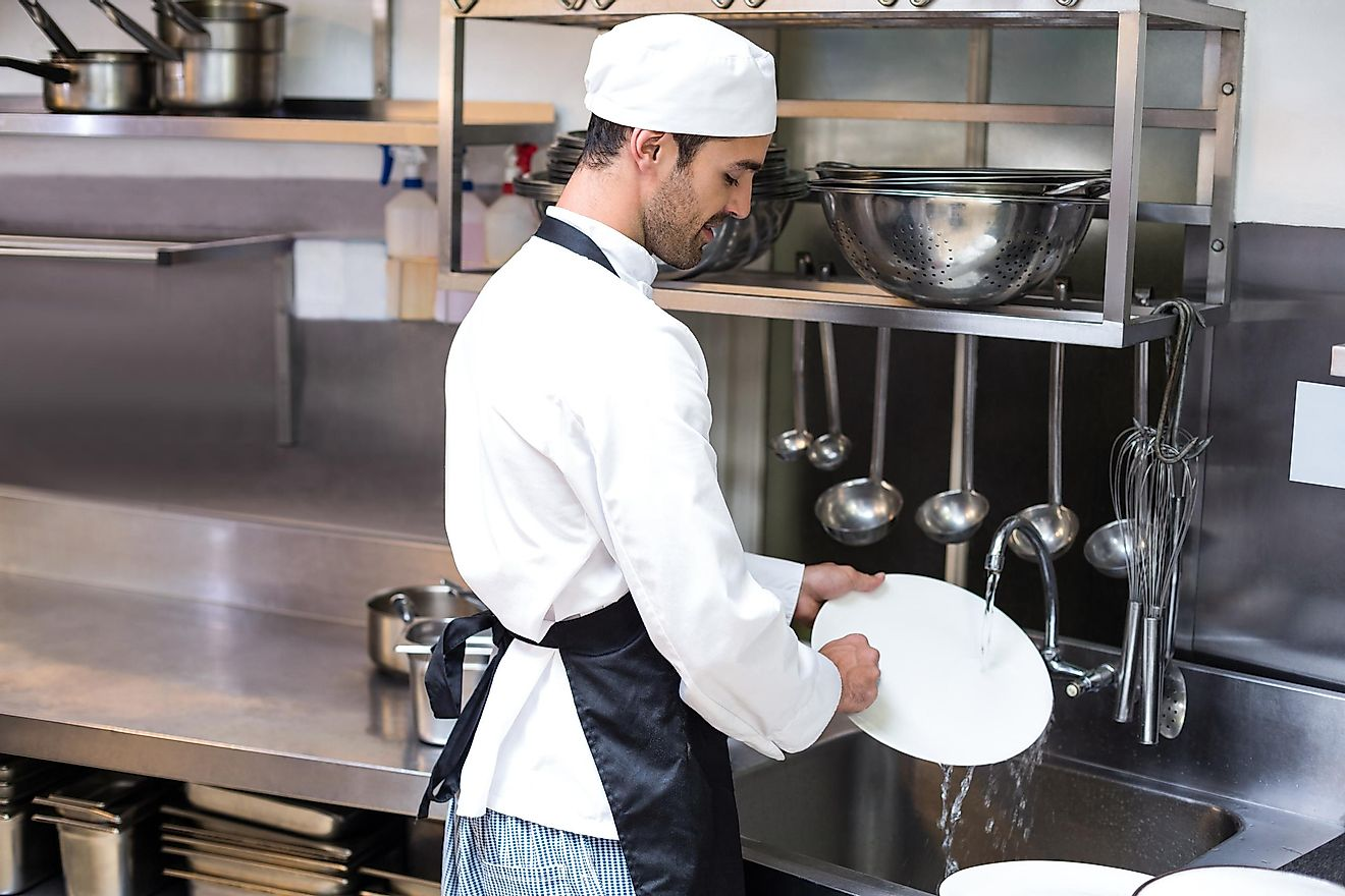 Dishwashers receive a median hourly wage of $10.93.