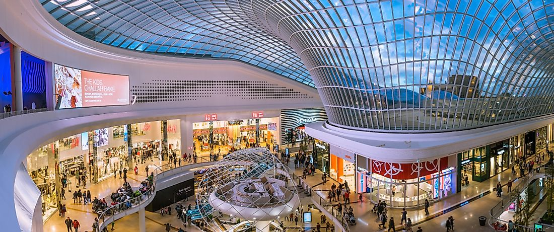 Chadstone Shopping Centre, the largest mall in Australia. Editorial credit: Alex Cimbal / Shutterstock.com.