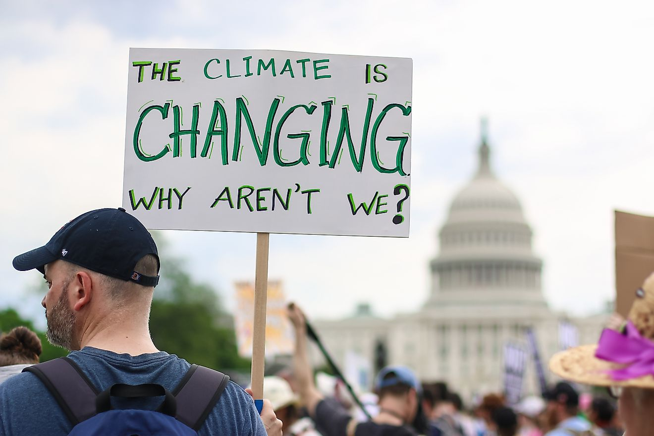 Thousands of people attend the People's Climate March to stand up against climate change. Image credit: Nicole Glass Photography/Shutterstock.com