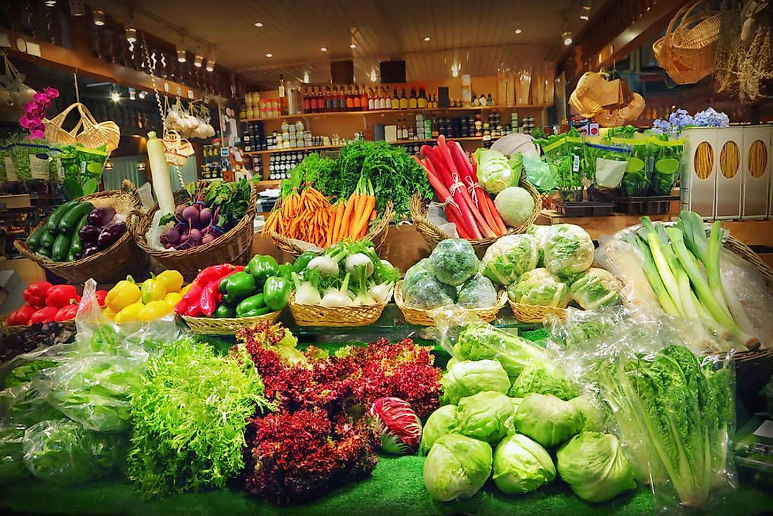 Organic produce at a grocery store.