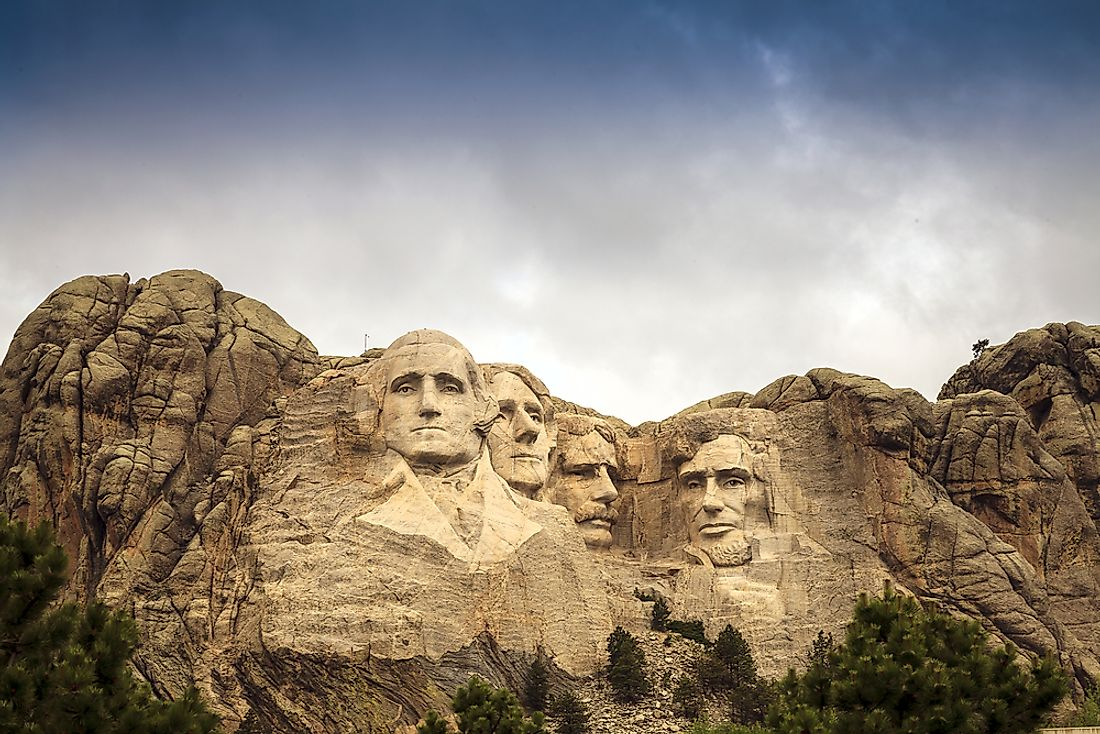 Mount Rushmore, in South Dakota, shows the portraits of former presidents.