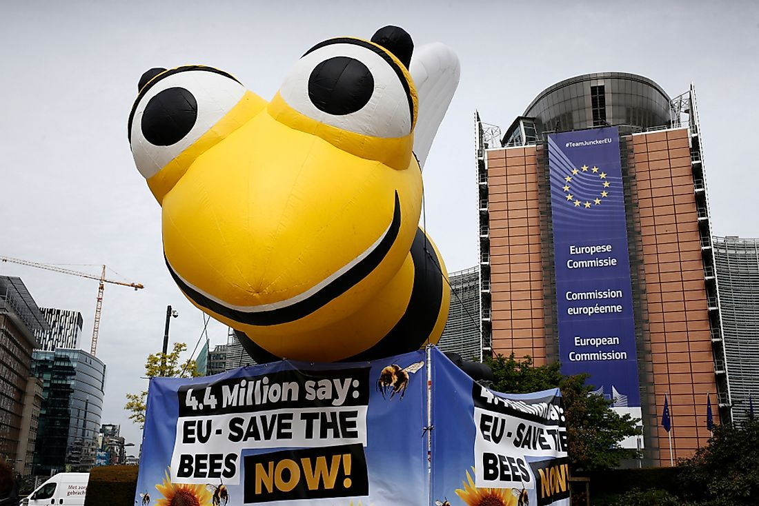 Protests outside the EU Commission office in Brussels, Belgium on April 27, 2018 calling for a ban on neonicotinoid pesticides.  Editorial credit: Alexandros Michailidis / Shutterstock.com