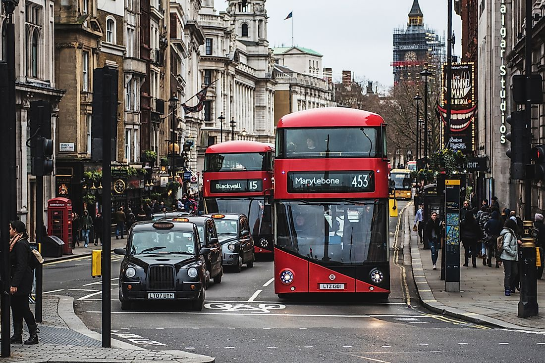 London has one of the most expensive public transit systems in the world. Editorial credit: Life In Pixels / Shutterstock.com