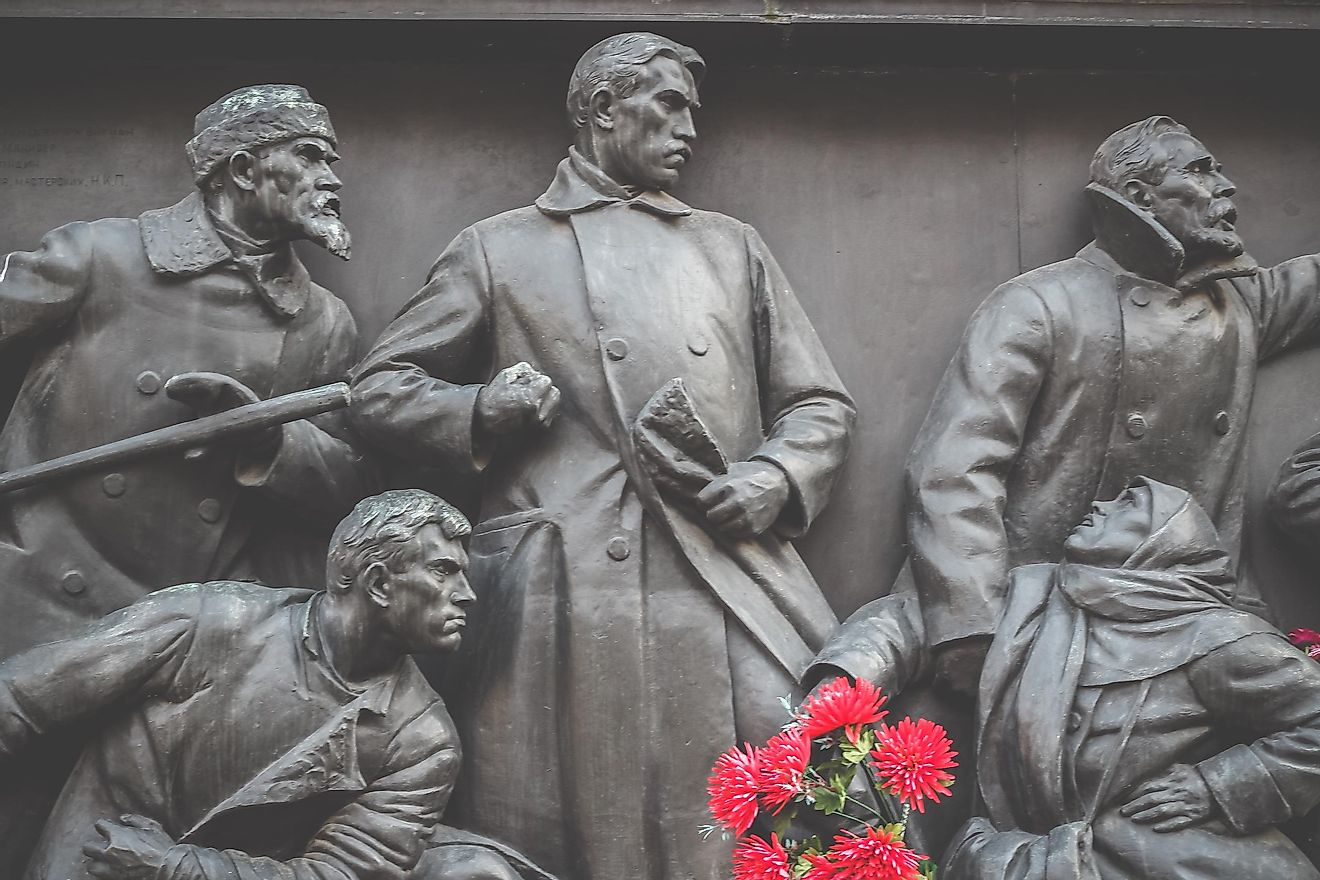 Monument in memory of those killed in the revolution of 1905 in St. Petersburg on Senate Square. Image credit: Hunter82 / Shutterstock.com